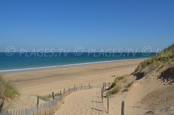 Vue de la plage de Couny depuis la dune