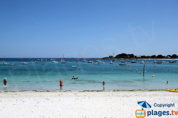 Supervised beach in Brignogan-Plage in France