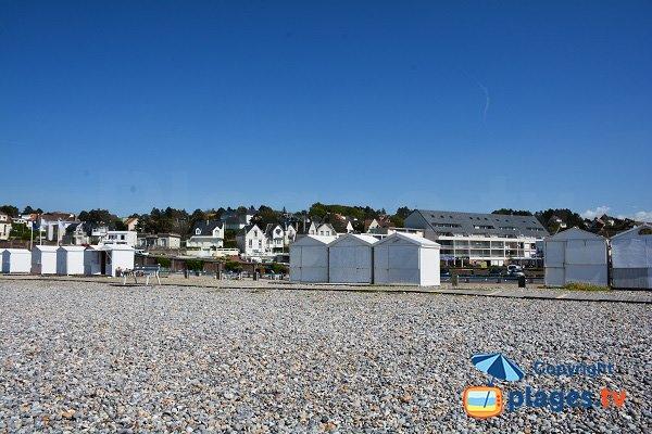 huts in Criel sur Mer