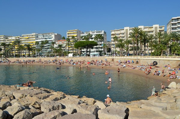 Croisette beach from the Canto Harbor - Cannes