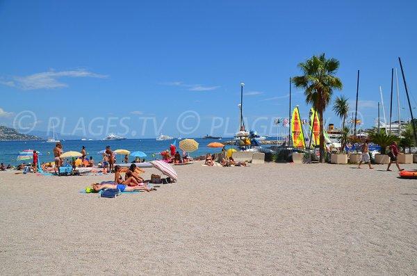 Centre de voile du la plage de St Jean Cap Ferrat