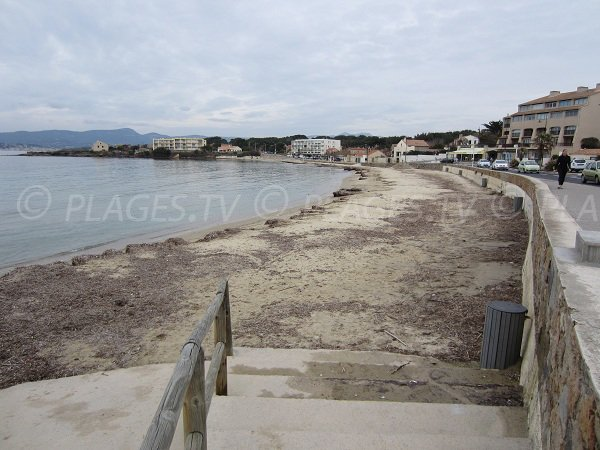 Spiaggia del Cros a Six Fours les Plages in inverno