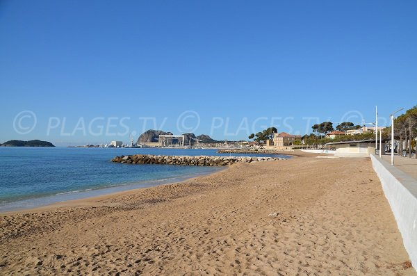 Lifeguarded beach in La Ciotat