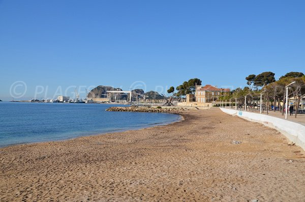 Cyrnos beach in La Ciotat - France