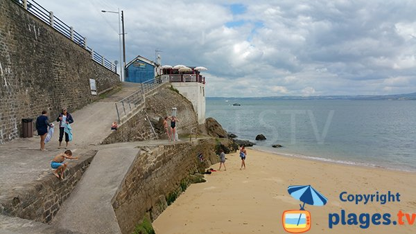 Foto della spiaggia Les Dames a Douarnenez