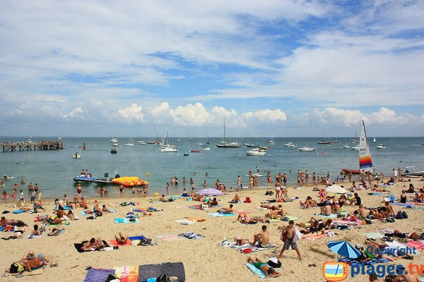 Dames beach in august in Noirmoutier