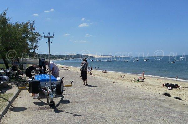 Photo de la plage Daniel Meller à Pyla sur Mer avec vue sur la dune de Pilat