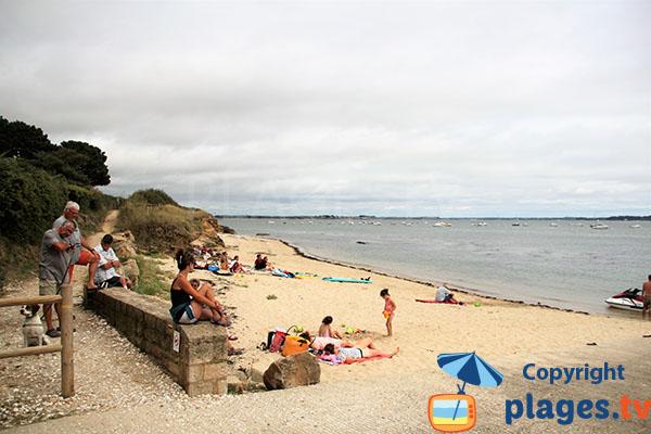 Petite rampe d'accès à la plage