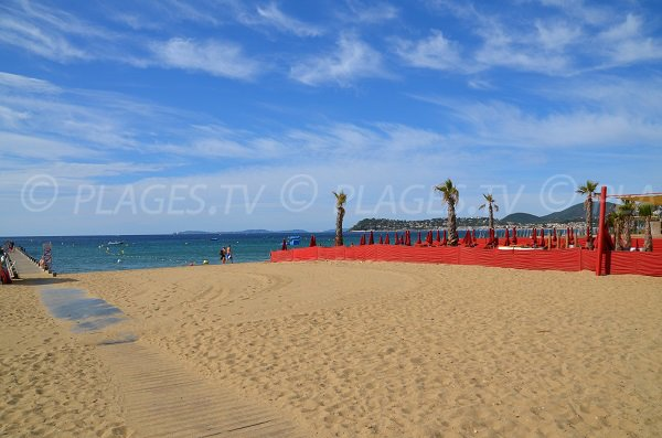 Access to the beach for reduced mobility - La Croix Valmer