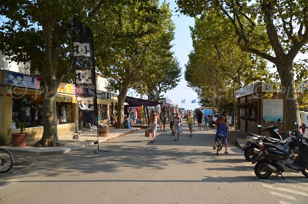Shops in the area of Débarquement beach of the Croix Valmer