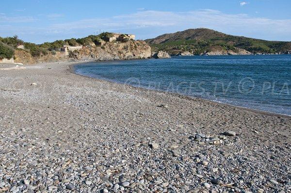 Confidential beach in Port Vendres