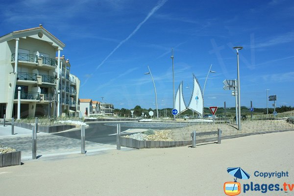 Seafront near Demoiselles beach