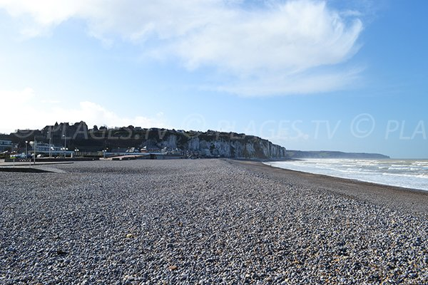 View on the Cote d'Albatre from the beach of Dieppe
