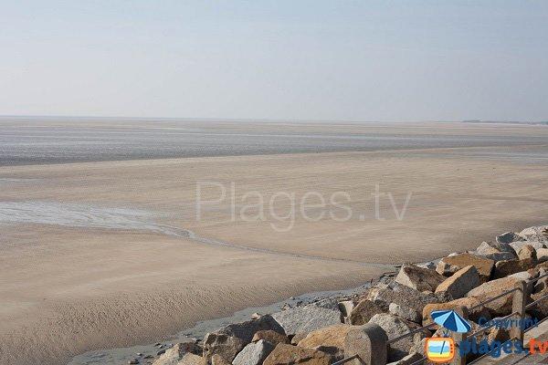 Grande plage d'Hauteville à marée basse
