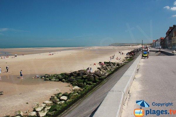Photo de la plage dans le centre ville de Wissant