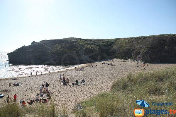 Surf spot in Belle Ile in France - Donnant