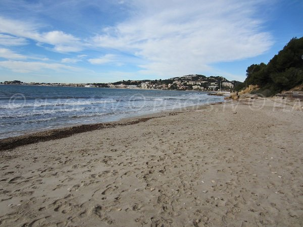 Most beautiful beaches in Sanary sur Mer