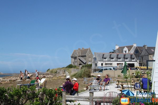 Restaurants on the beach of Dossen-Santec