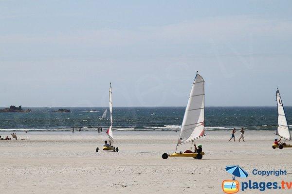 Char à voile sur la plage de Santec - Dossen