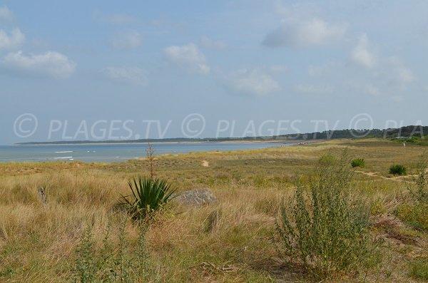 Photo de la plage du port de plaisance du Douhet sur l'ile d'Oléron