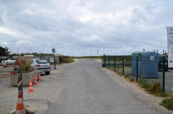 Accès à la plage du Dourlin par le camping municipal