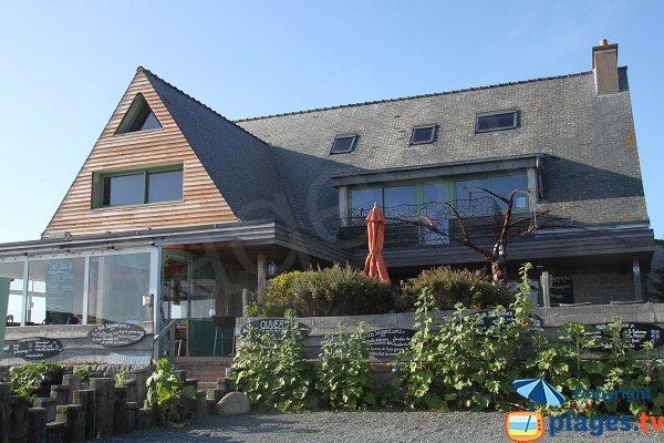 Restaurant à proximité de la plage du Dourlin - Ile Grande