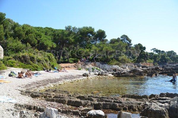 Rocks of Dragon cove - Lérins island - Ste Marguerite