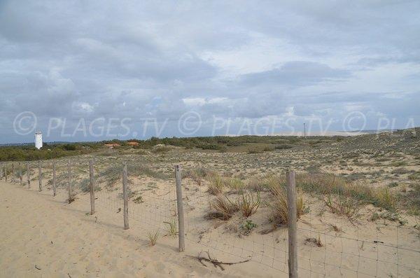 Vue sur le sémaphore et la dune du Pilat depuis le Cap Ferret