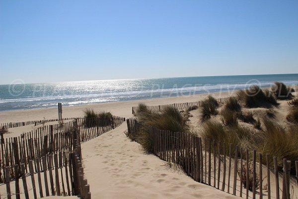Accès à la plage des Dunes à Carnon
