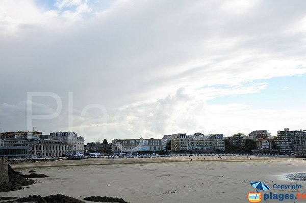 Grande plage à Dinard