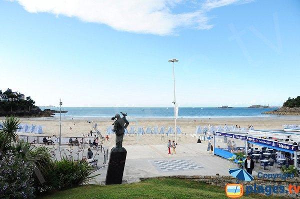 Photo de la plage de l'écluse à Dinard