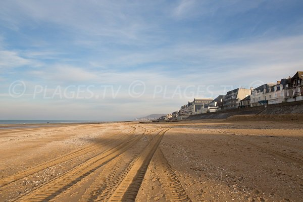 Photo of the Ecole de Voile beach in Cabourg