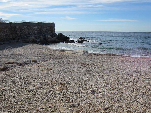 Stones on the Eden Roc beach of Bandol