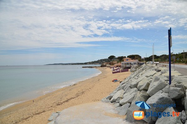 Private beach in Ste Maxime - Elephants