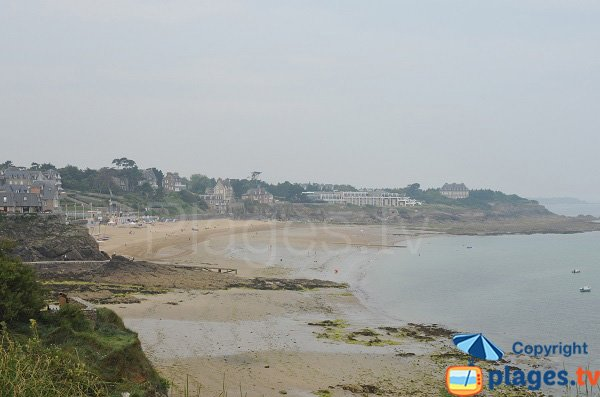 Photo of Enogat beach in Dinard in France