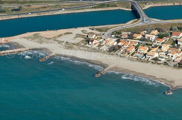 Extrémité de la plage de l'Entrée de Frontignan