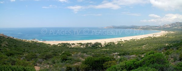 Vue globale de la plage d'Erbaju