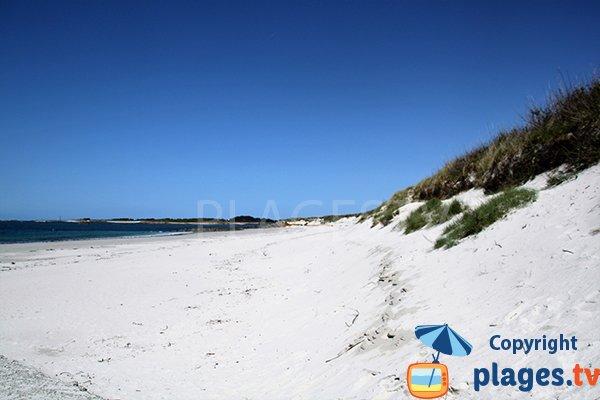 Photo de la plage d'Erleac'h à Saint Pabu en Bretagne