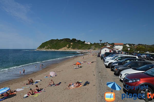 parcheggio e la spiaggia Erromardie a Saint Jean de Luz