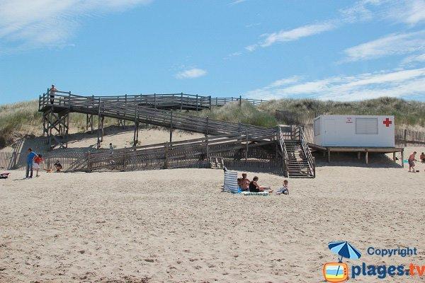 Poste de secours de la plage des Escardines