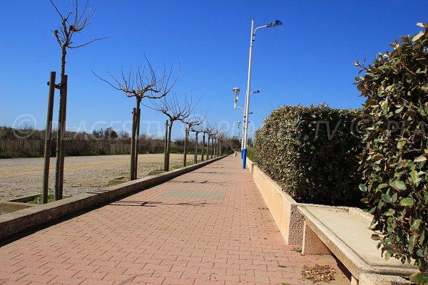 Pedestrian promenade in Portiragnes