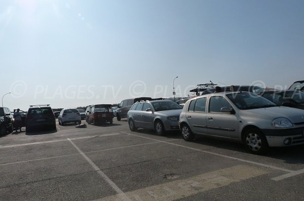 Parking de la plage des Estagnots à Seignosse