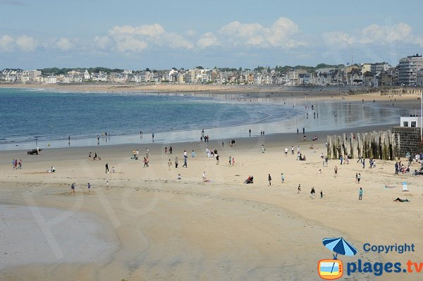 Eventail and Sillon beaches in Saint Malo