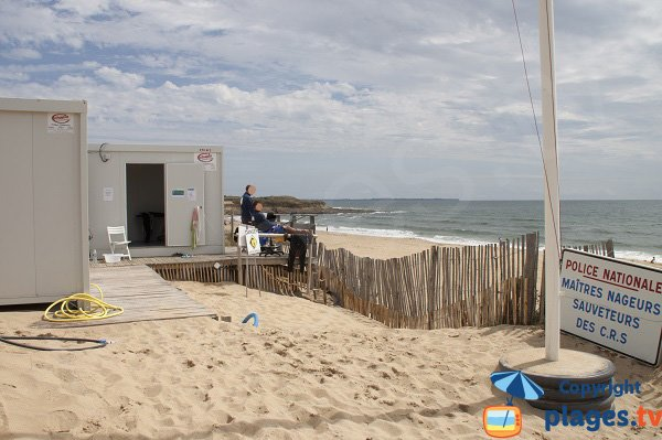 Lifeguard station of Falaise beach - Guidel