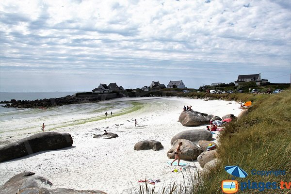 Photo de la plage de Fanal à Kerlouan