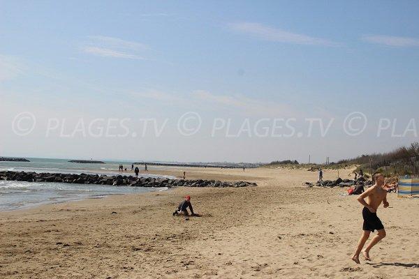 Plage de la Farinette en direction de la plage du Libron à Vias