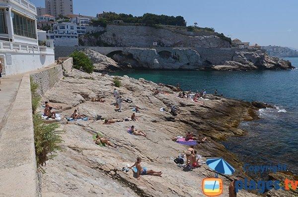 Sentier du littoral et quartier de la Fausse Monnaie à Marseille