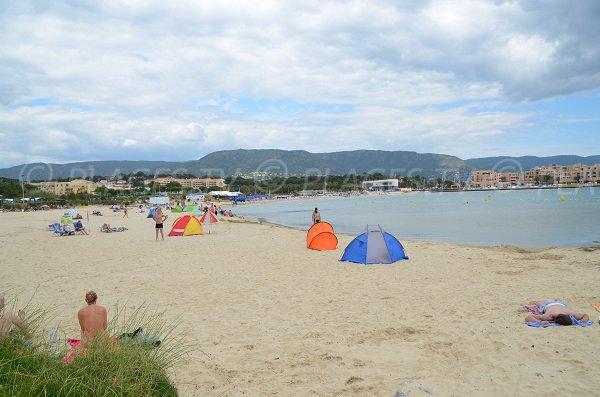 Principal Faviere beach