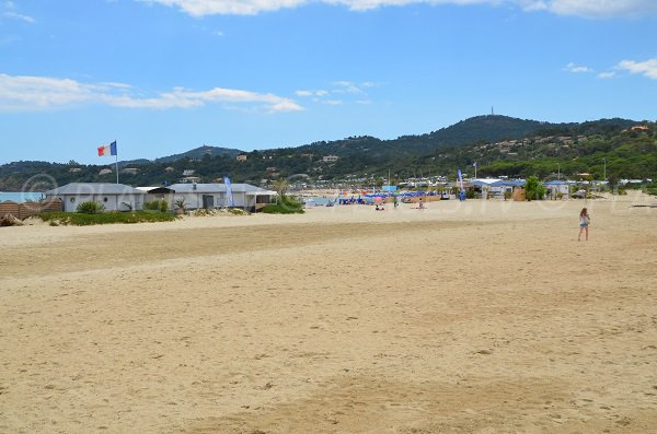 Volleyball on the Bormes les Mimosas beach