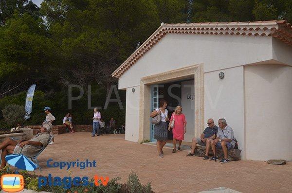 Maison de la plage du Figuier dans le domaine du Rayol - Jardin botanique